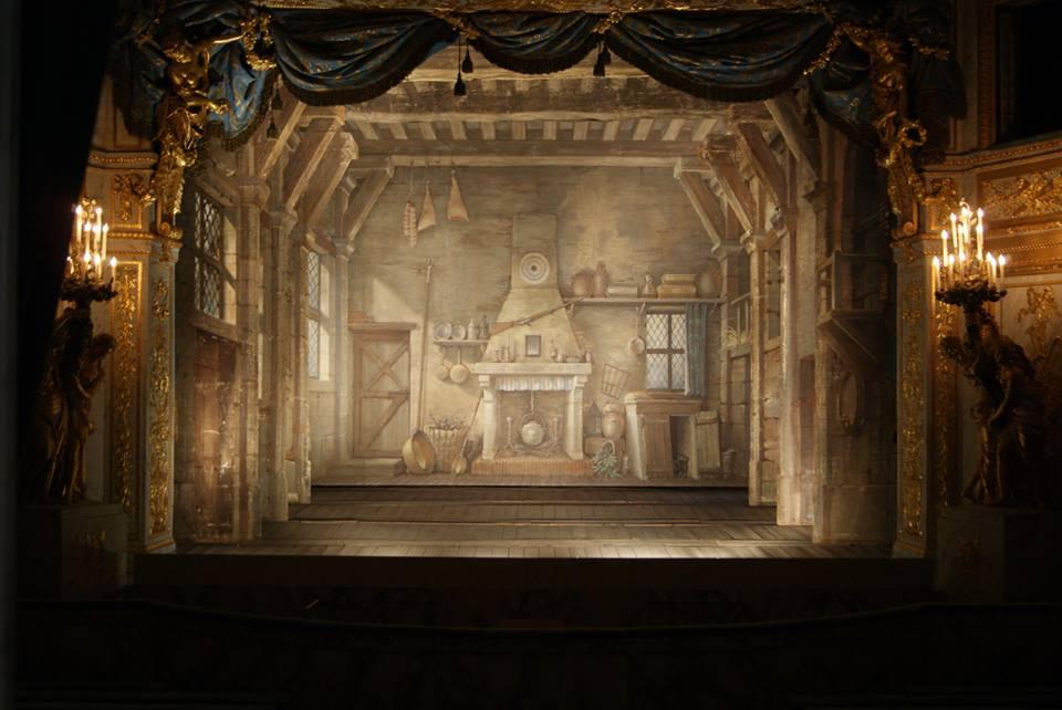 D cors du petit th tre de la reine versailles petit for Theatre du petit miroir