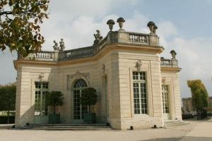 322122-le-pavillon-francais