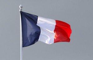 191392_un-drapeau-francais