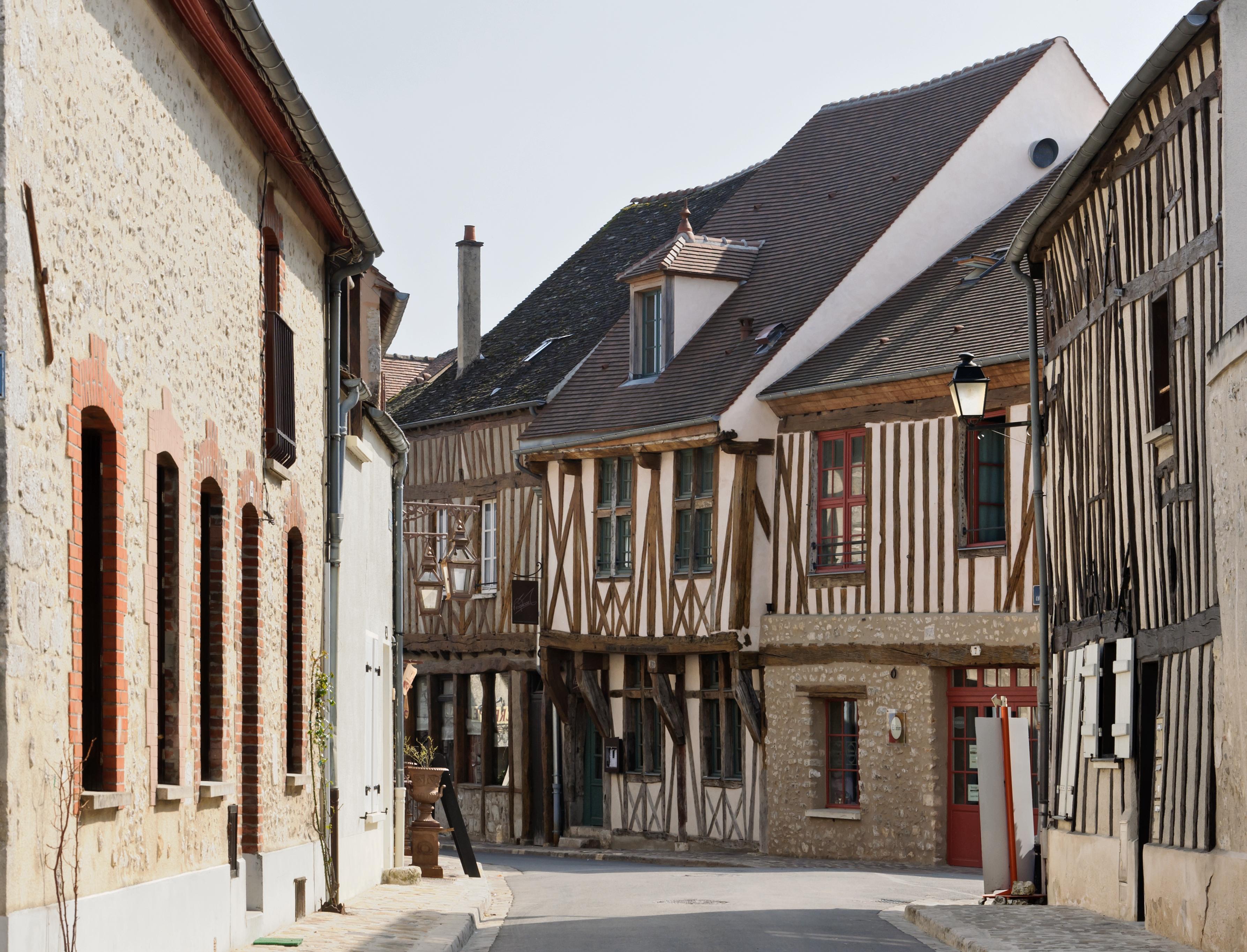 Restaurant Provins Place De Chatel