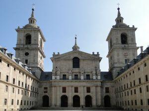 1280px-Basilica_de_El_Escorial