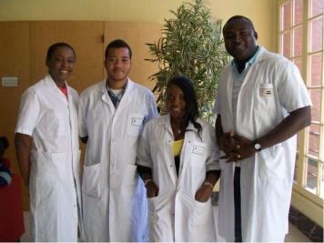 Des etudiants en medecine de lUniversite