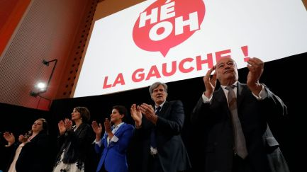 french-agriculture-minister-stephane-le-foll-and-ministers-attend-a-meeting-of-he-ho-la-gauche-oy-the-left-in-paris_5587365