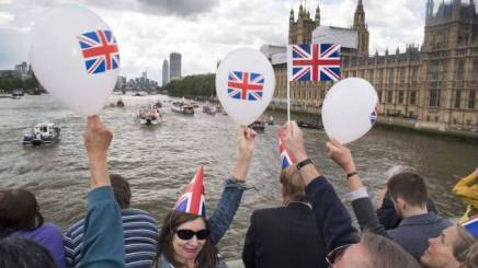 brexit-tamise-londres-referendum-europe-sipa_rex40435247_000010