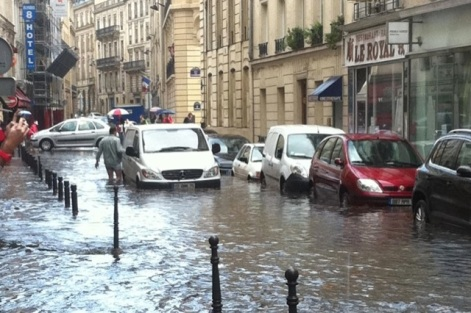 Video-Paris-inondations-aout-2011