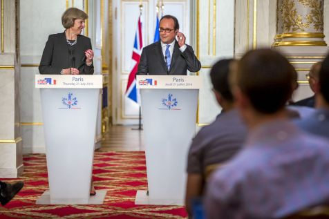 4973046_6_bb13_francois-hollande-recoit-theresa-may_bb024548f0ea8f5eca524eed780bf8c7