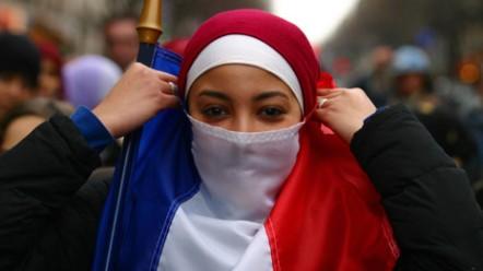 islam-drapeautricolore-1748x984