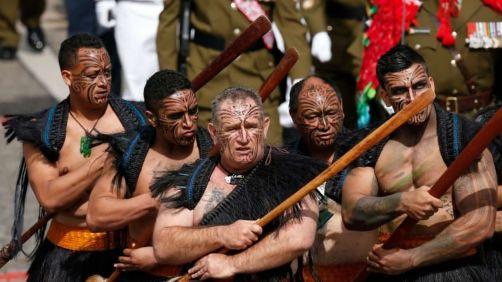 maoris-defile-champs-elysees-14-juillet-2016_5637789