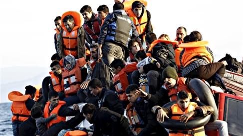151030_ks0t7_migrants-mer-egee_sn635