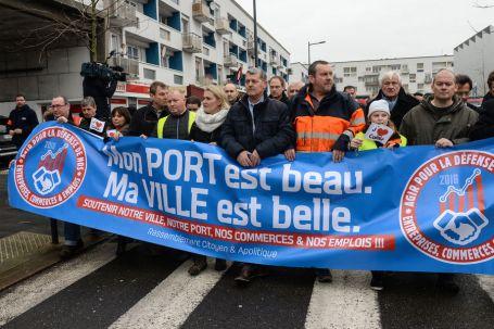 Photo-prise-lors-de-la-manifestation-des-riverains-a-Calais-samedi