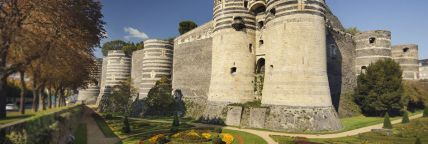 chateau-d-angers-panoramique_image-max