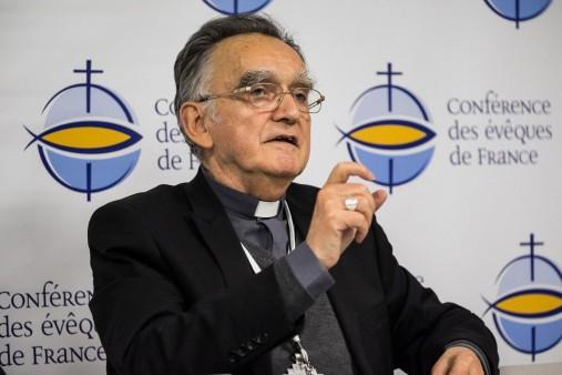 mgr-georges-pontier-president-conference-eveques-france-doit-annoncer-mardi-12-avril-nouvelles-mesures-concernant-traitement-pretres-pedophiles_0_1400_933