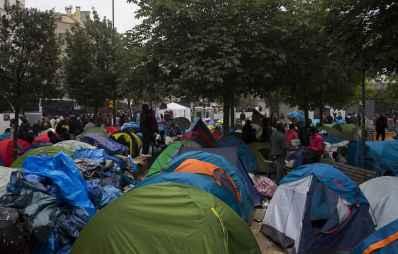 2048x1536-fit_vue-campement-migrants-jardins-eole-evacue-deux-semaines-debut-mois-juin-2016